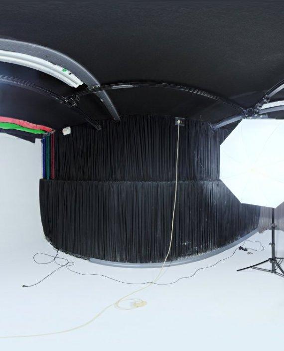 Studio Small 03 HDRI