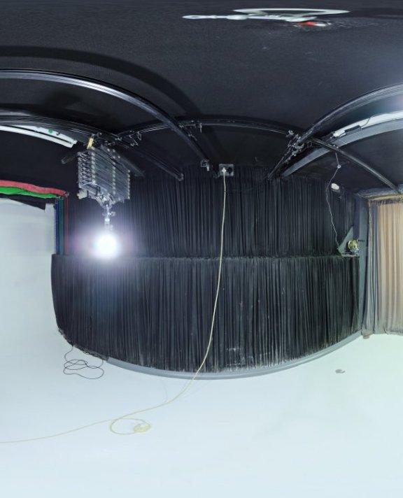 Studio Small 02 HDRI
